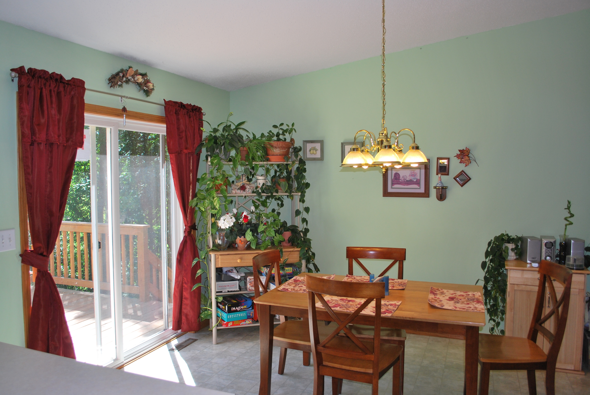 Dining Area - Briar Rose (AFC)