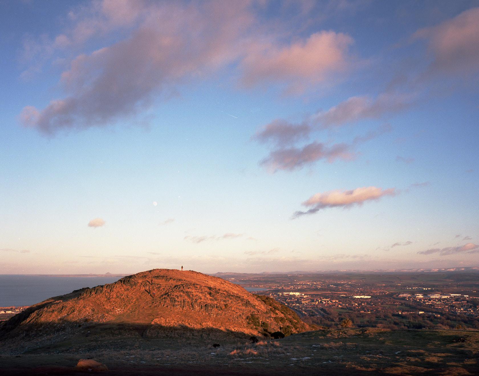 scotland_edinburgh_arthur's_seat_ektar_mamiya7.jpg