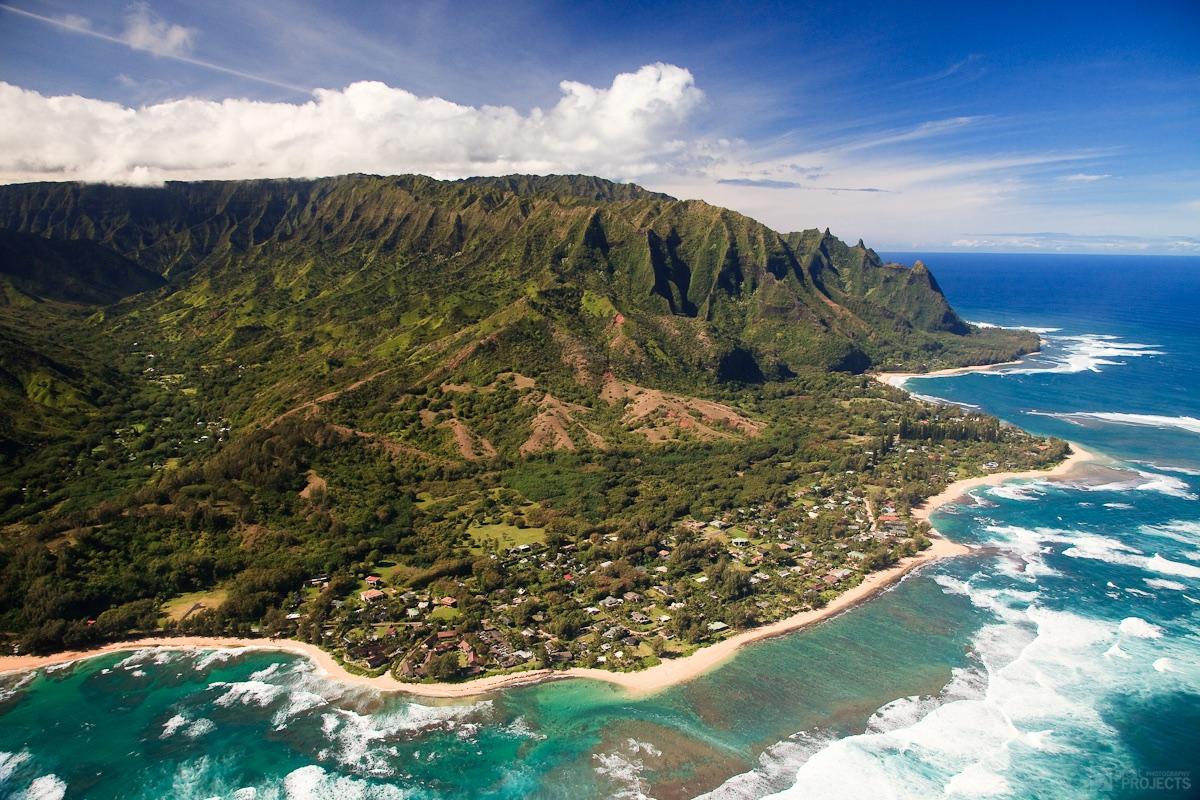 The Hawaiian island of Kauai.  Jeremy Hall/Flickr (CC BY-NC 2.0)