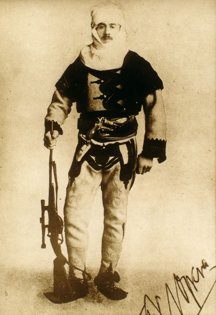 Baron Franz Nopcsa, here pictured in Albanian uniform in 1915, proposed the idea of island dwarfism based on dinosaur fossils.   Albanian222/Wikimedia Commons  (public domain)