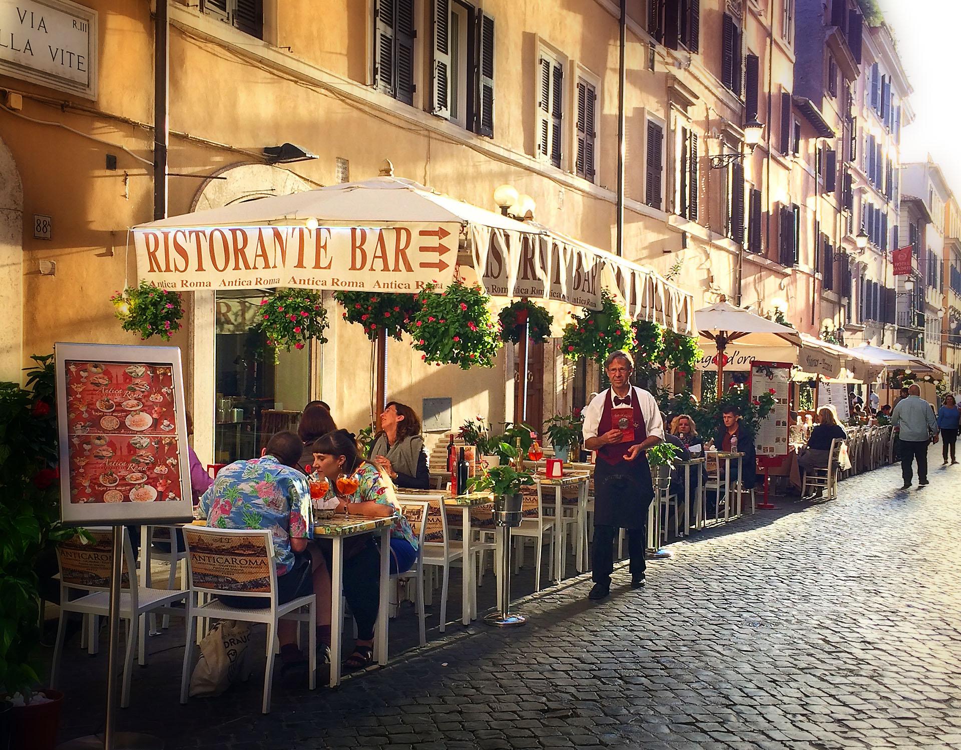 RomeStreet.jpg