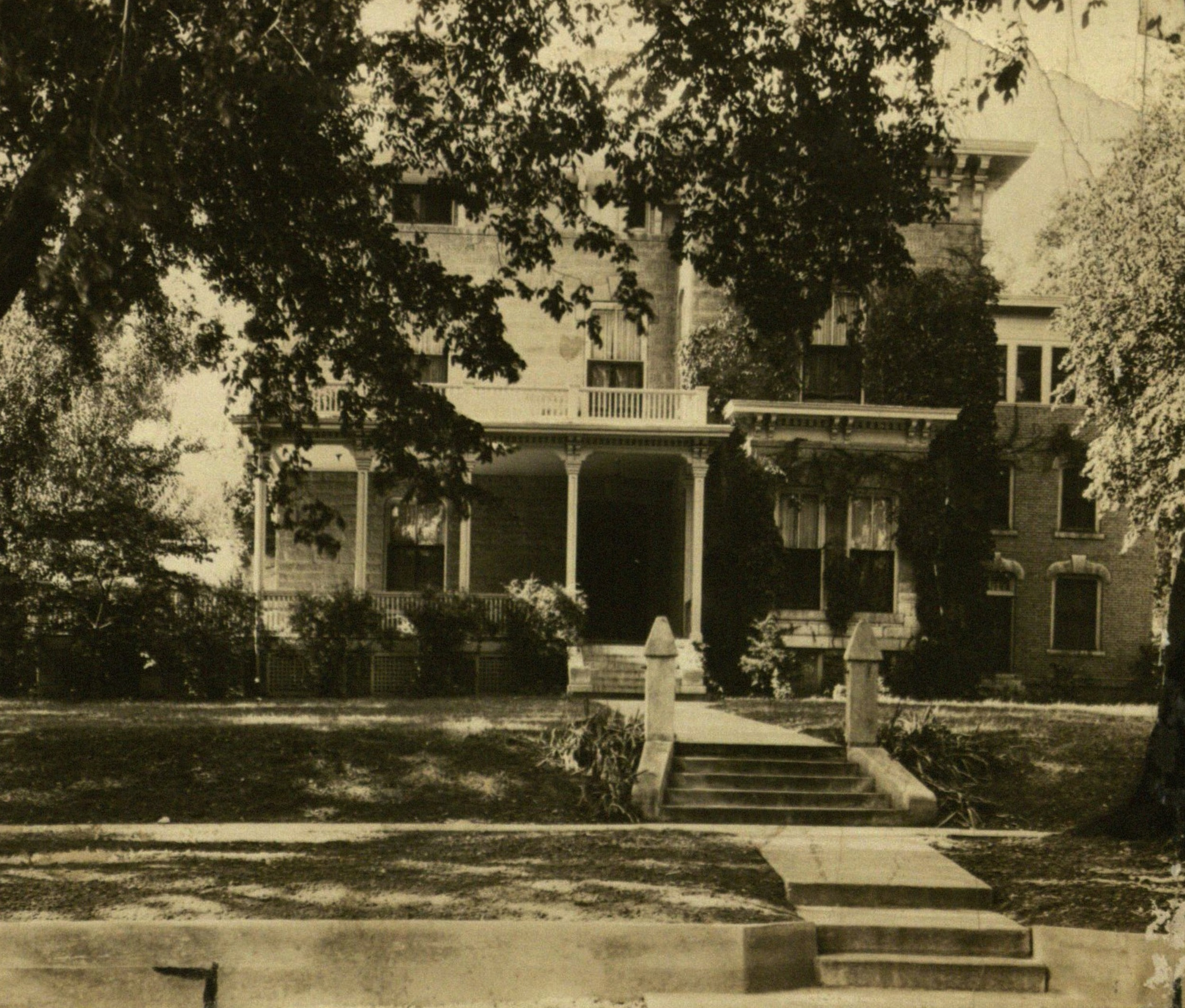 Usher's mansion (1932).jpg