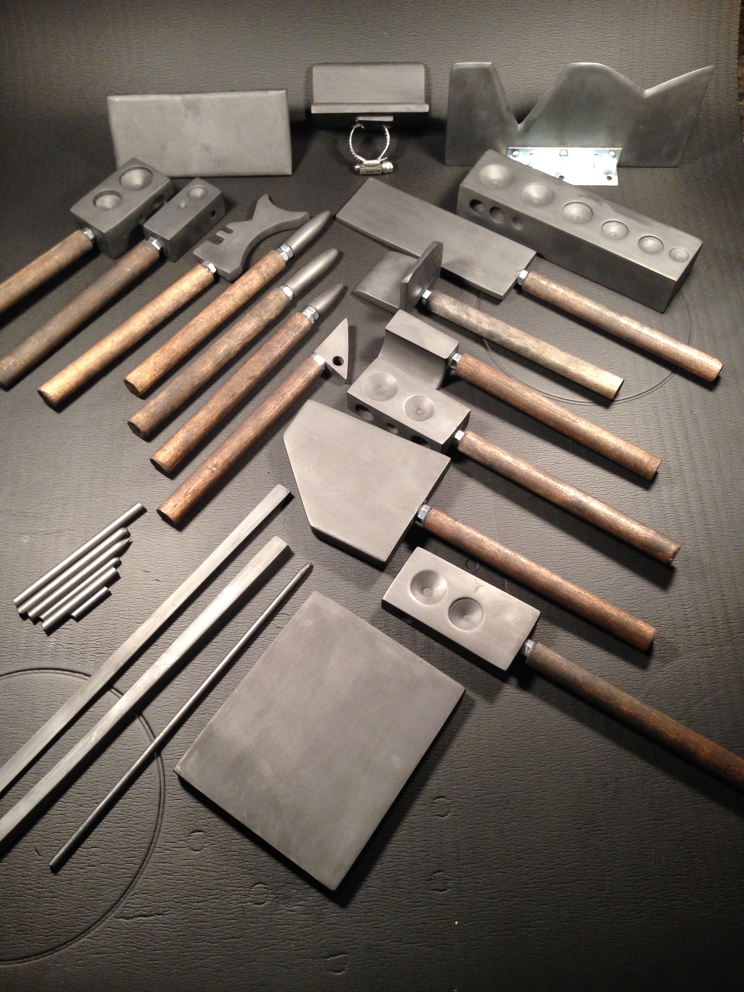 Graphite Tools Unwrapped.jpg