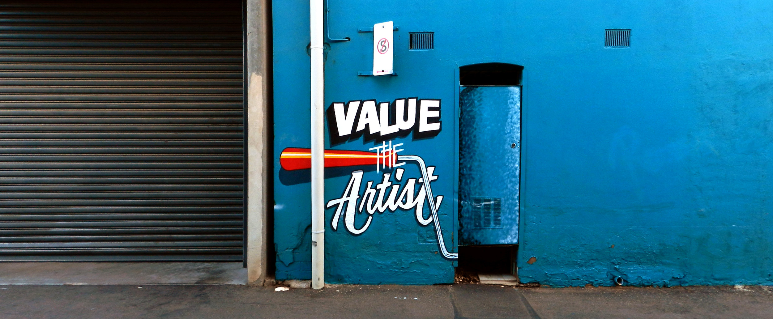Value the artist , collaborative mural by Terry (Moose) McGowan and Wendy Murray, 2016