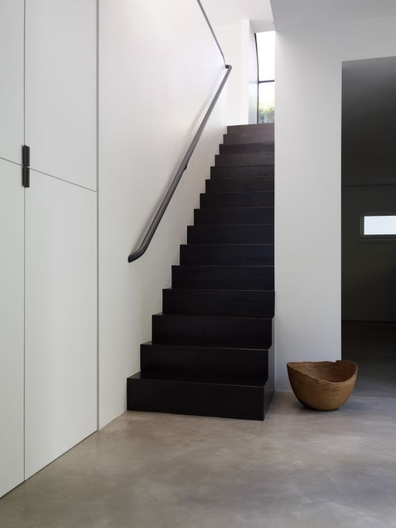 BeverlyHillsCanyonResidence_Stair.jpg