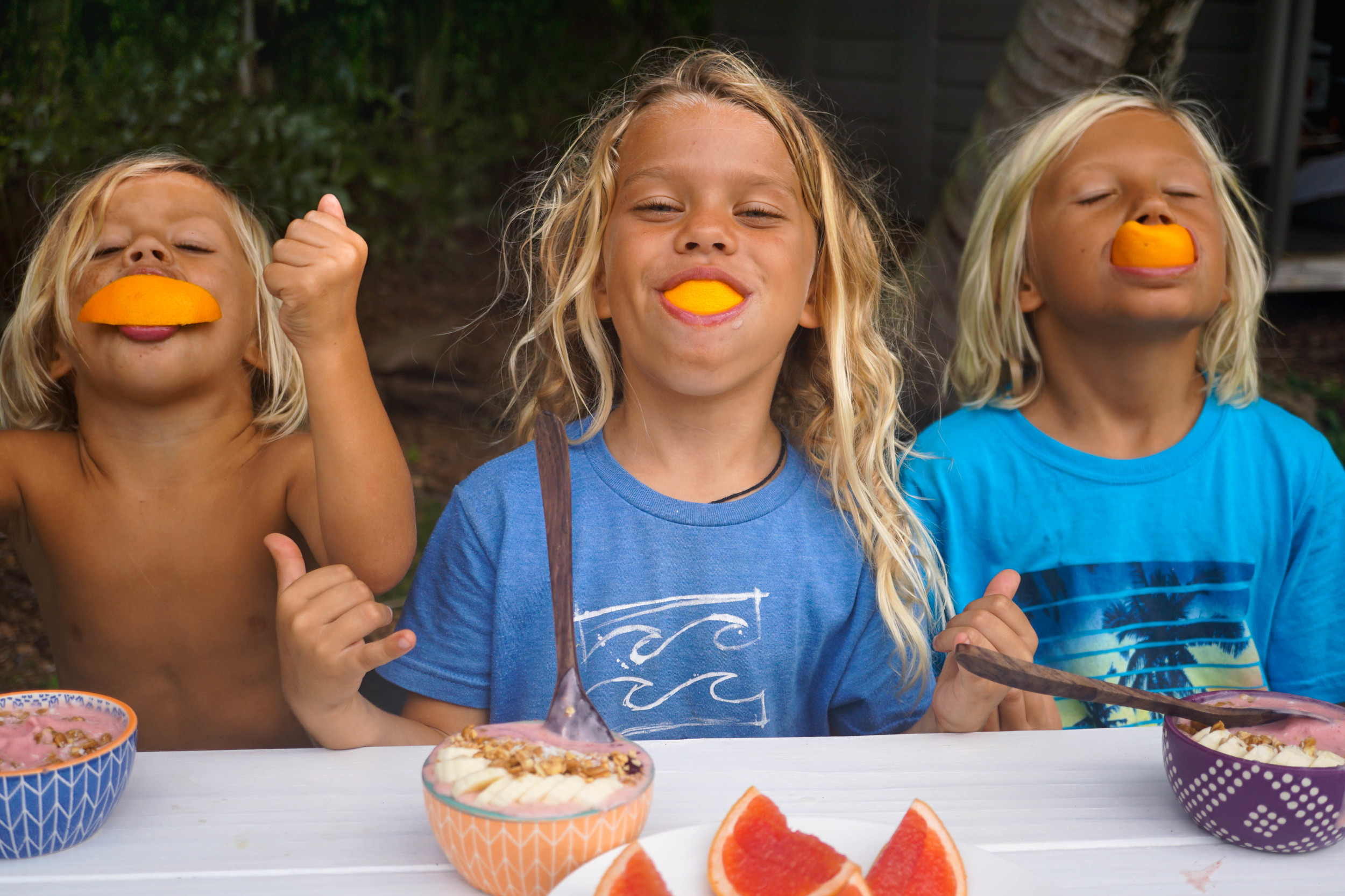 love these kids! smoothie bowls and orange smiles for the win! haha