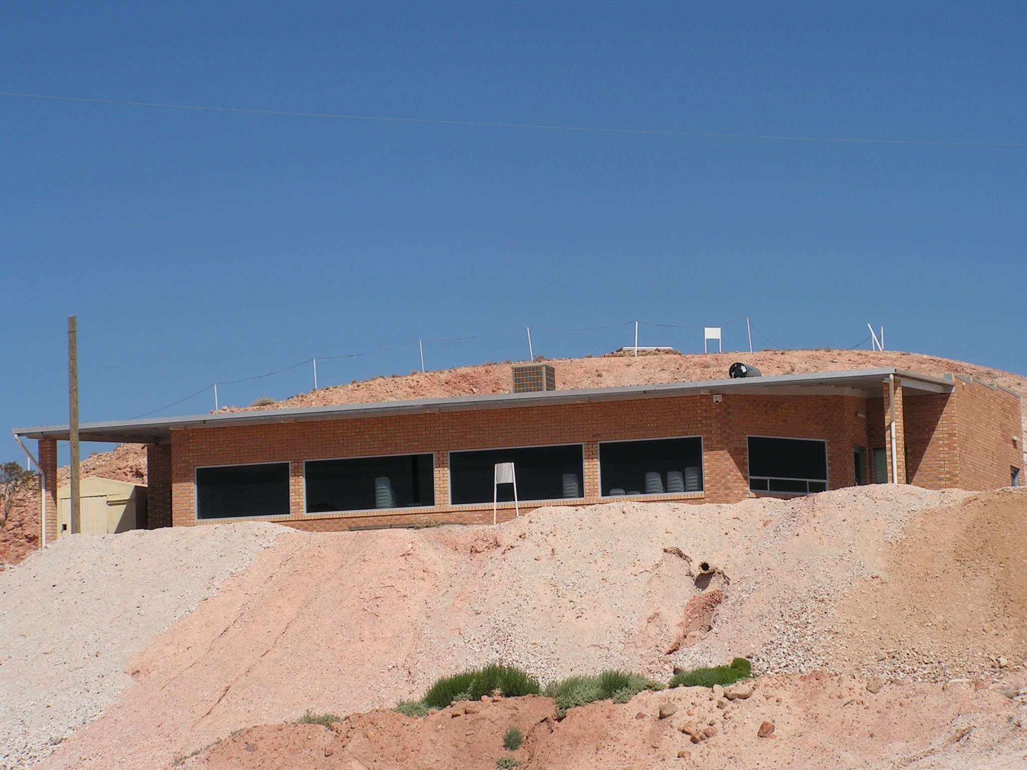 About the Coober Pedy Opal Fields Golf Club