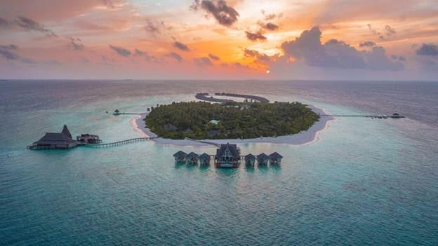 Snorkel in UNESCO World Biosphere reefs