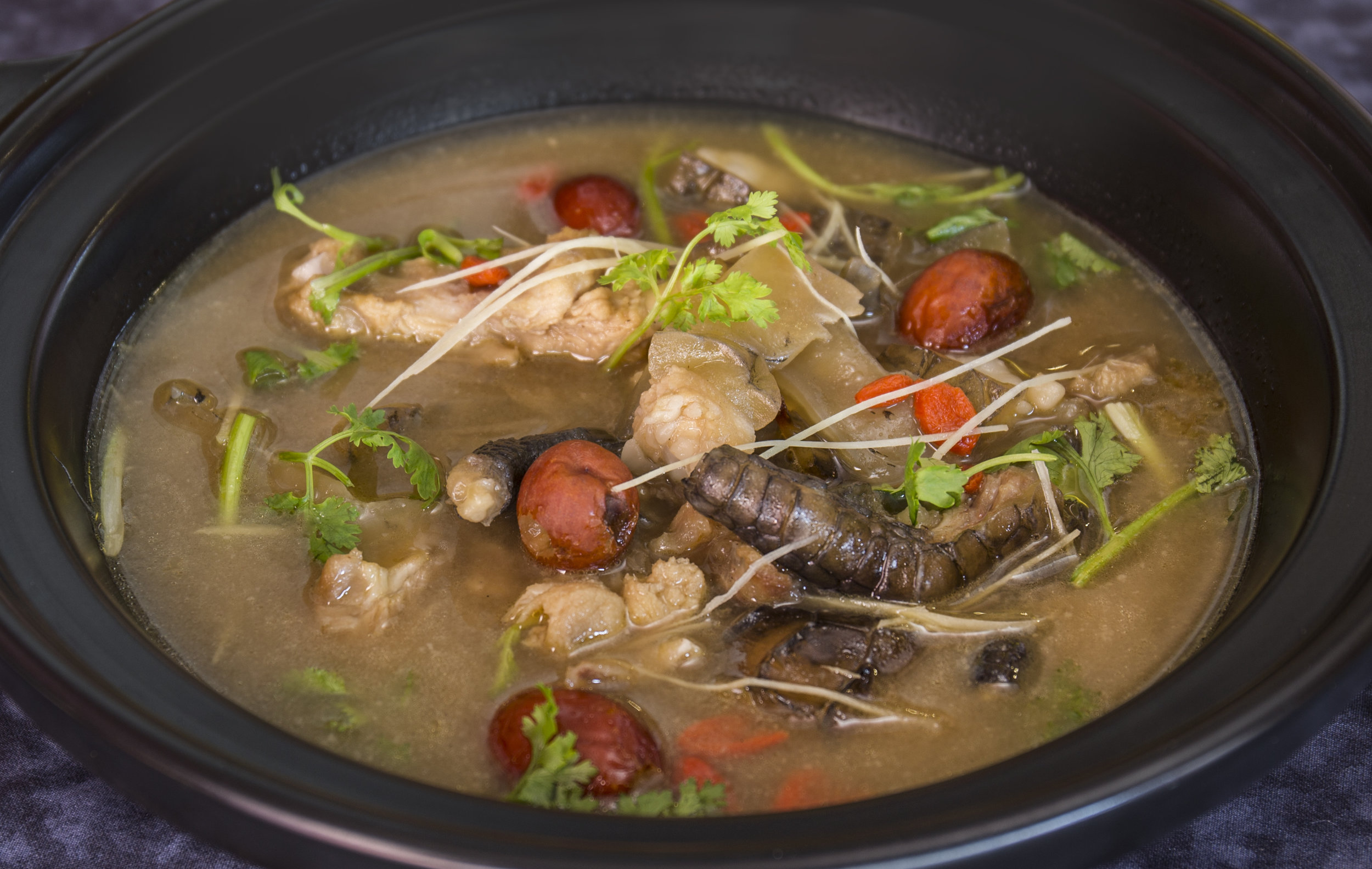 CQ_EastTreasure_Double-Boiled-Tonic-Soup-w-Crocodile-Meat.jpg