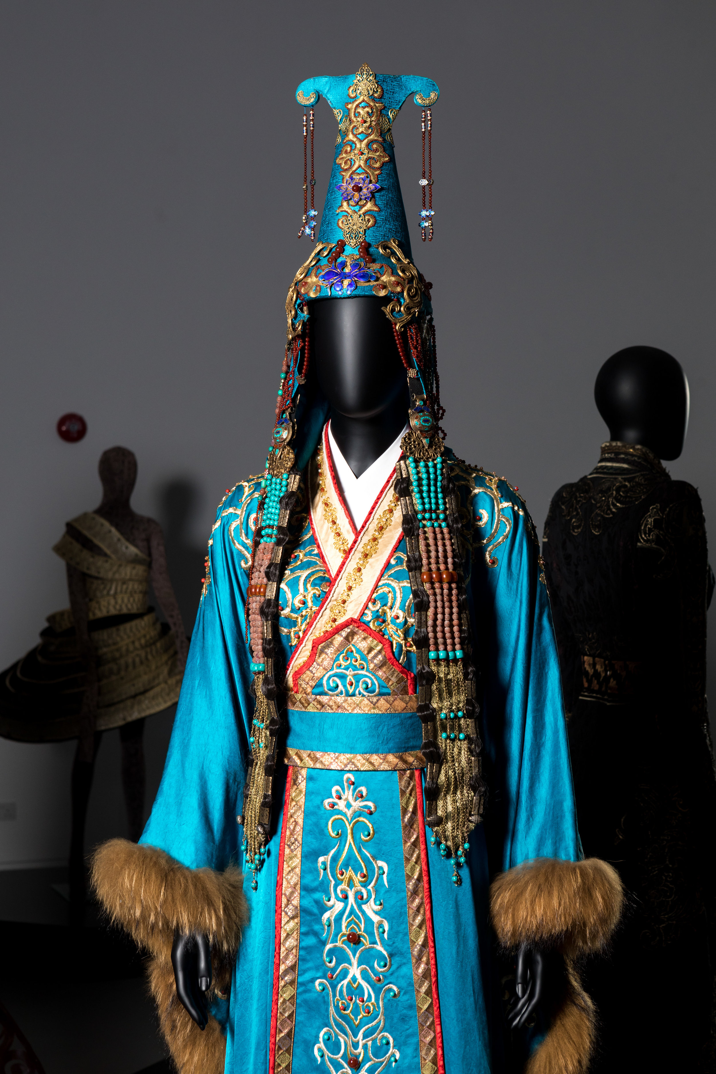 HKDI_TimYip-Blue_Costume8.jpg