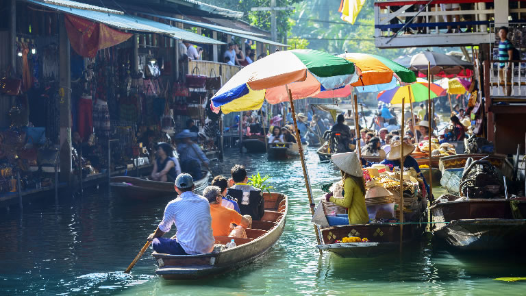 Floating Market – Credit: Shutterstock