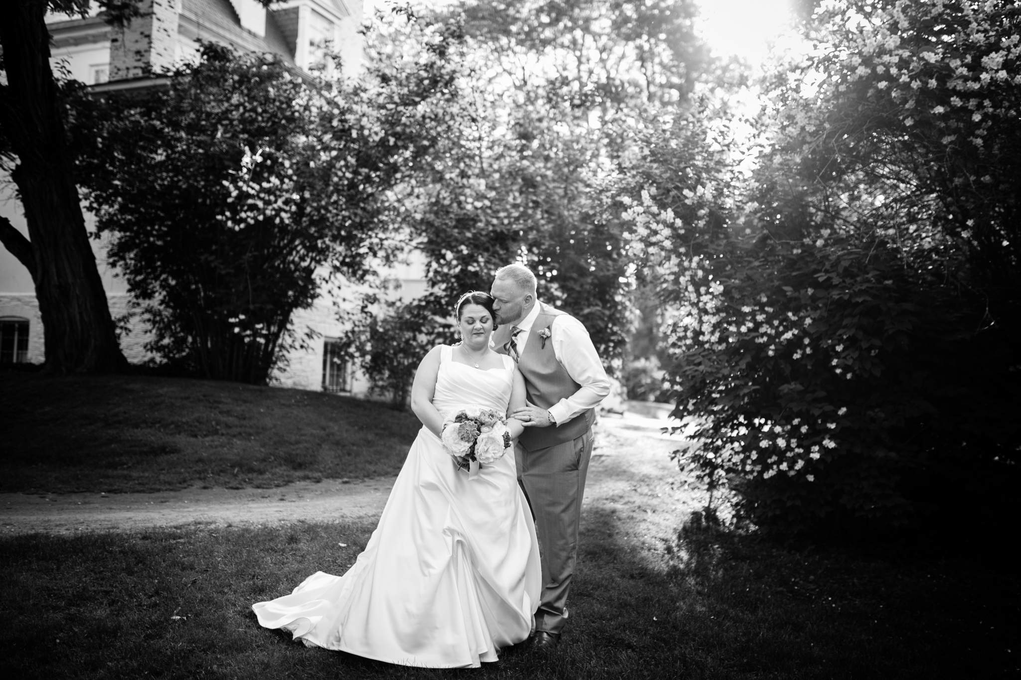 Hudson Valley Wedding Photographer Clermont State Historic Site Sweet Alice Photography 76.jpg