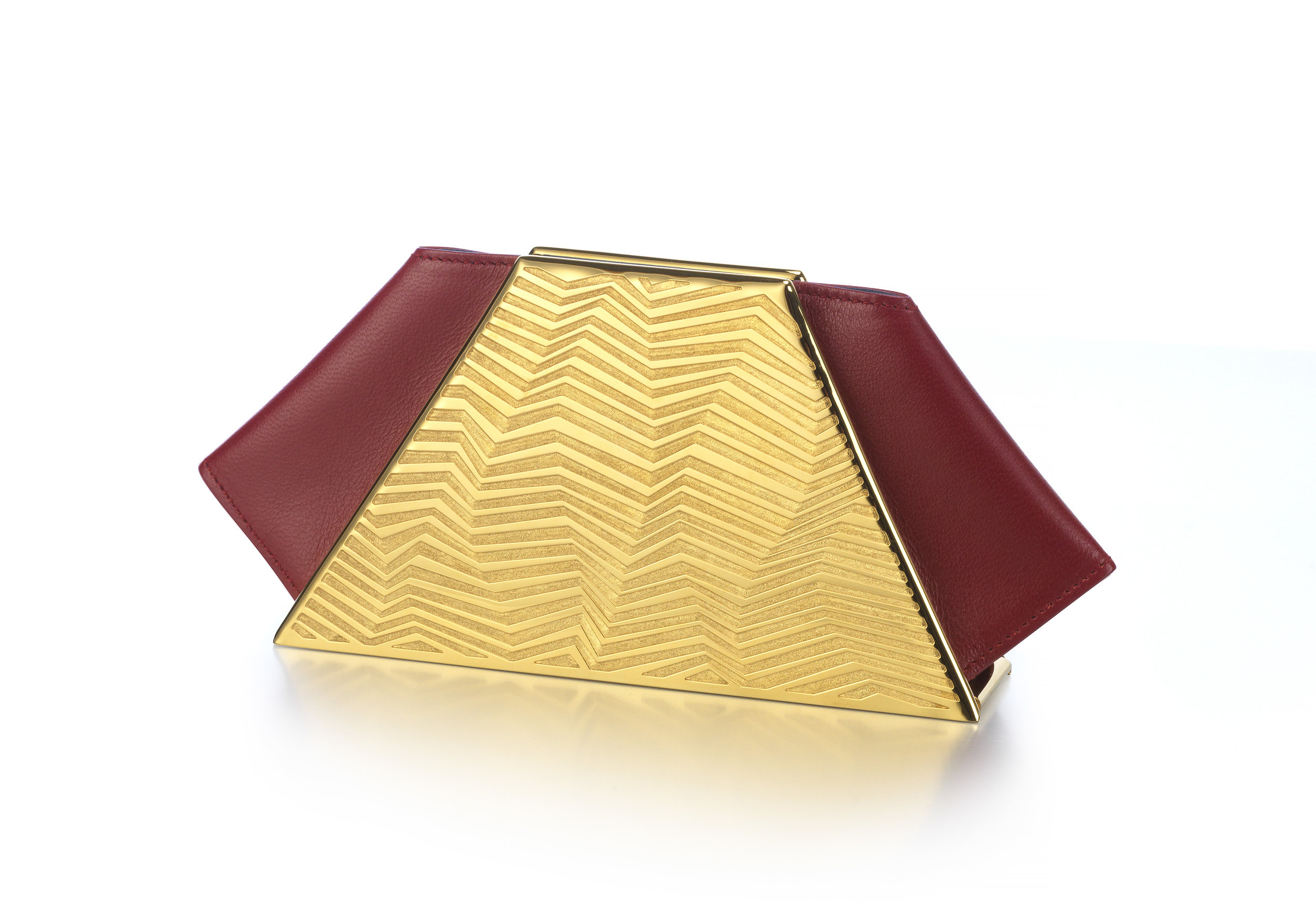 KJ - Zigzag gold clutch bag .jpg