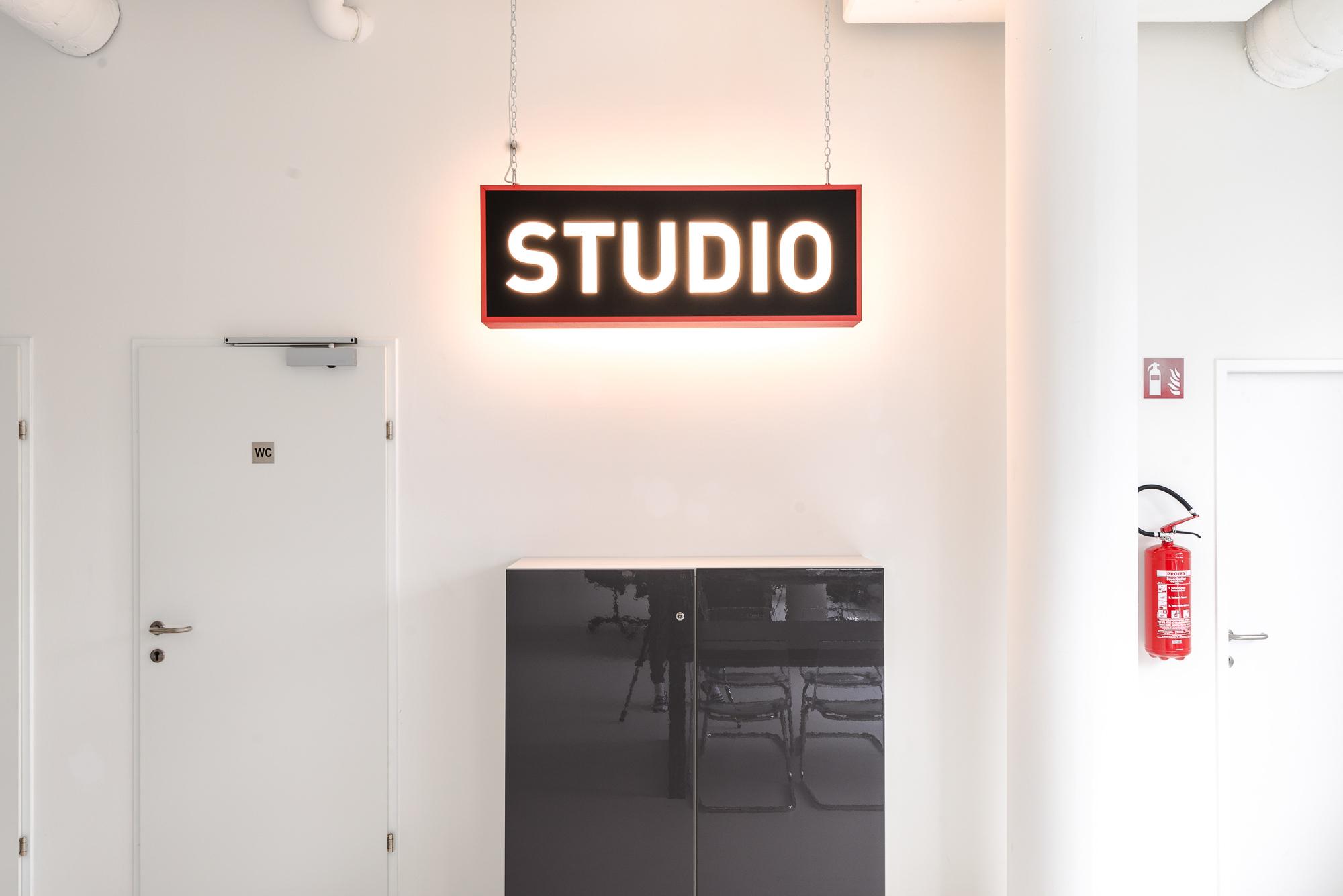 Studio-Interieur_0002__JK14308.jpg