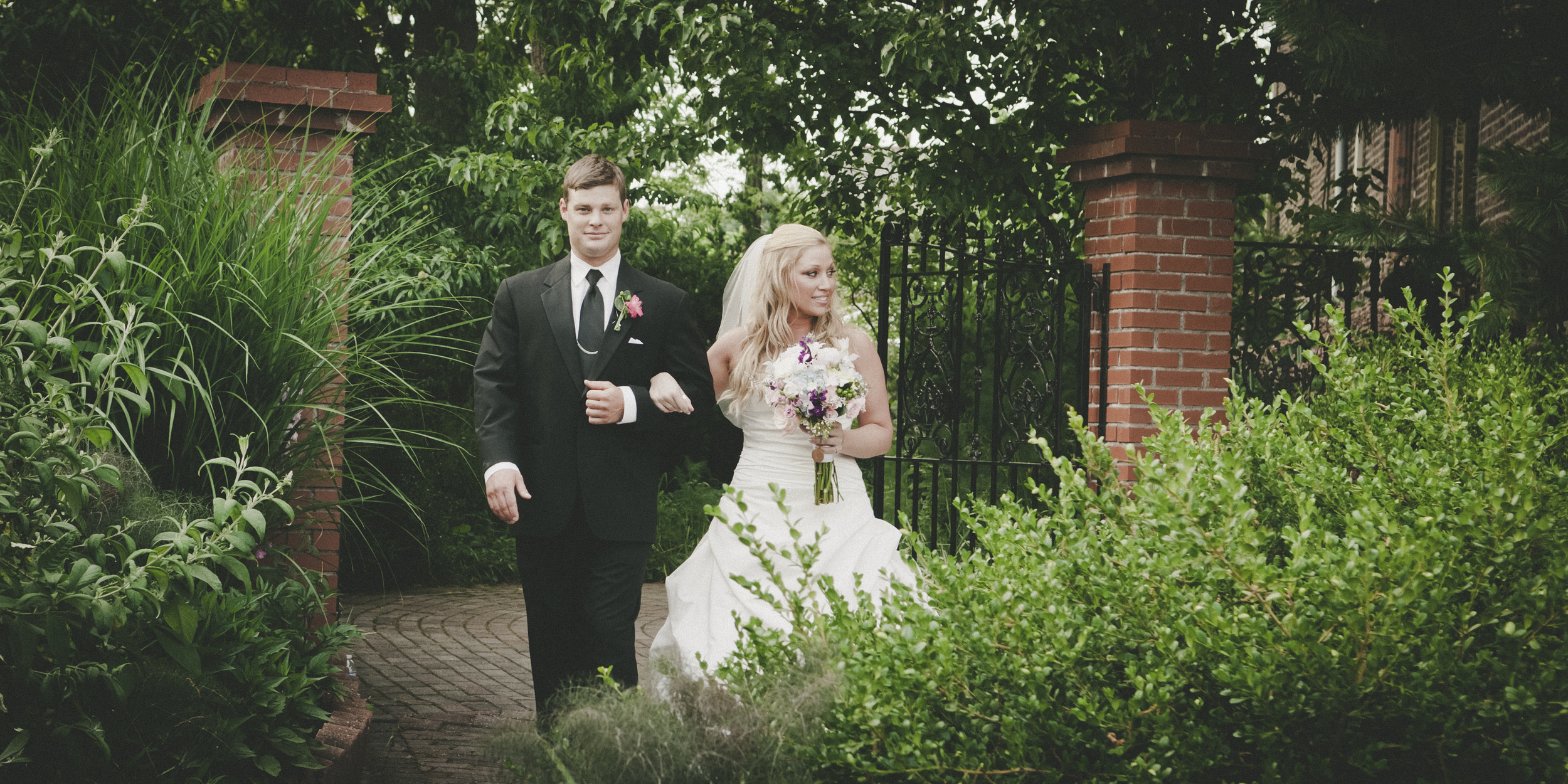 20120526_Molly & Tony Wedding Preview_0041.jpg
