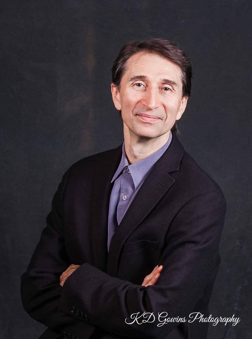 DMITIRIY TUBOLTSEV    Ohio Conservatory of Ballet    Former Principal Dancer Bolshoi Ballet     Instagram @ohioconservatoryballet