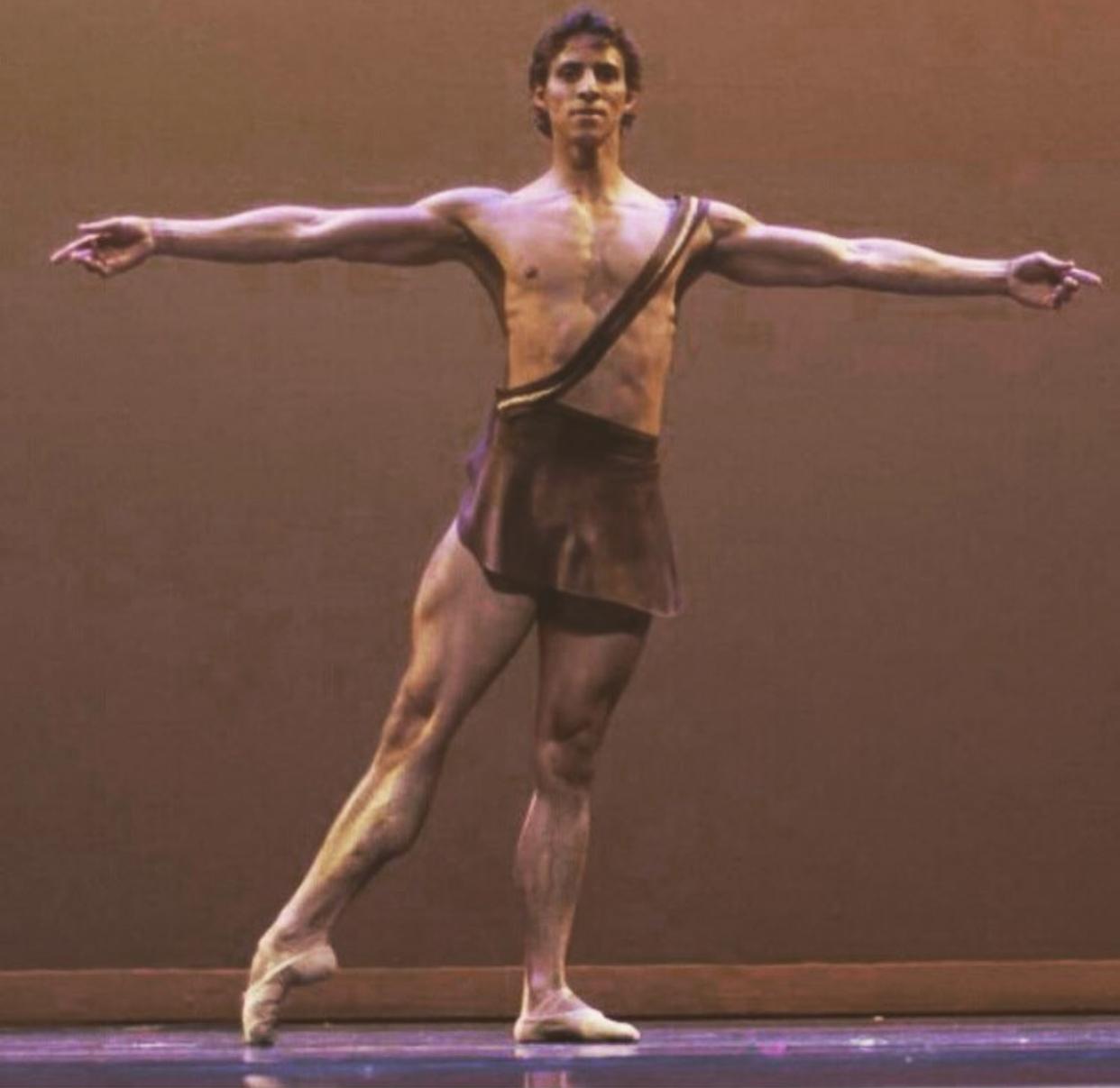 - JAIME DIAZSan Francisco Ballet, FacultyFormer Boston Ballet Soloist