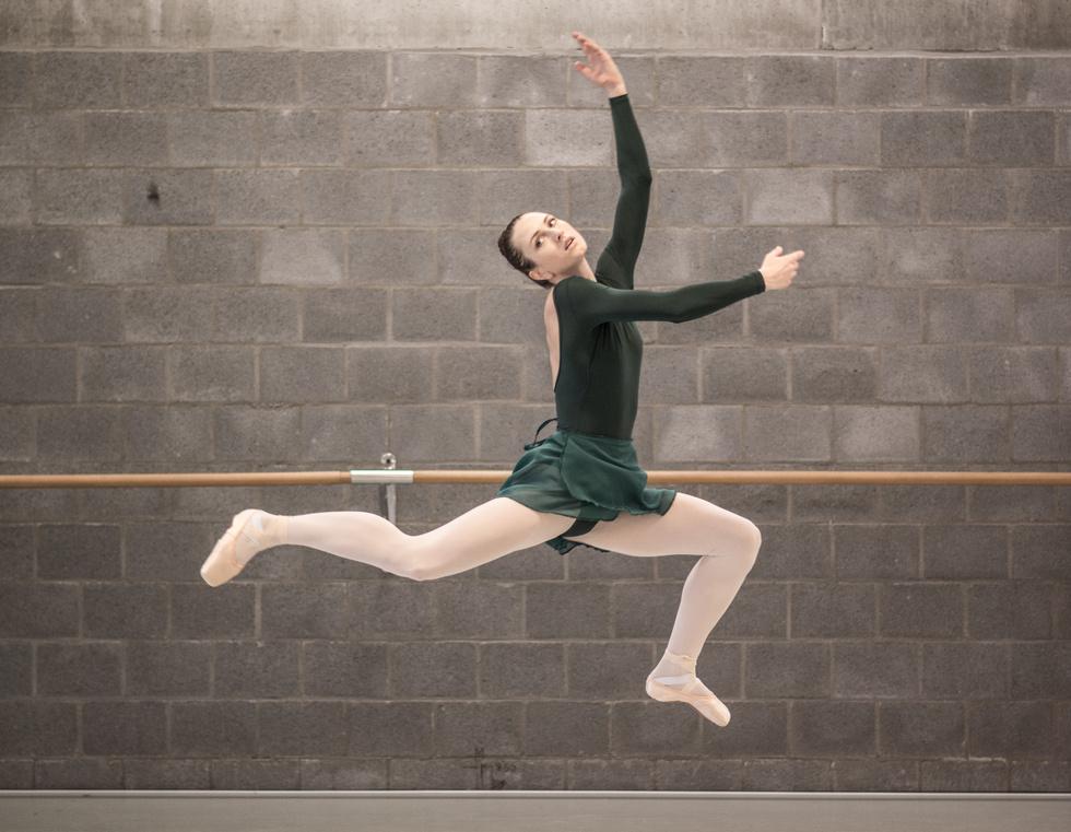 - BISCUIT BALLERINAShelby WilliamsBallet Flanders/Ballet Vlaanderen Soloist