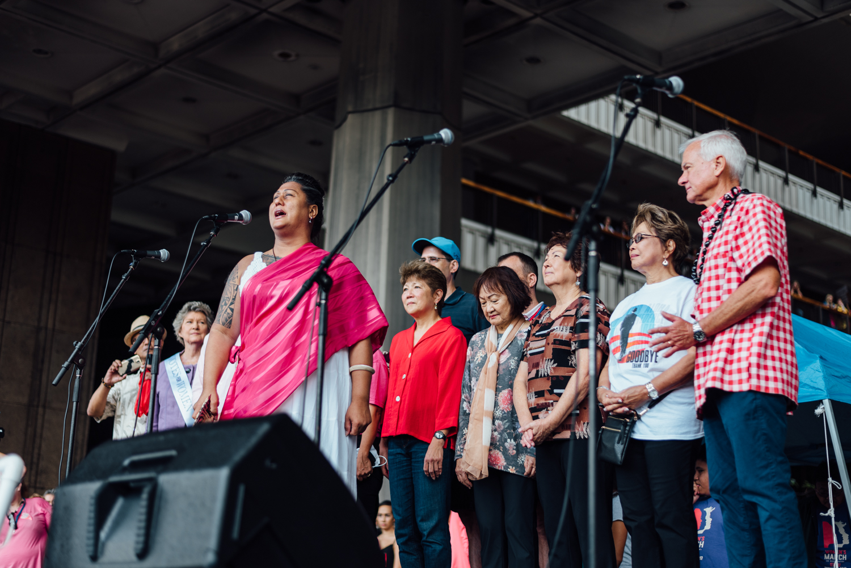 Kumu Hina opening up the Women's March Oʻahu event