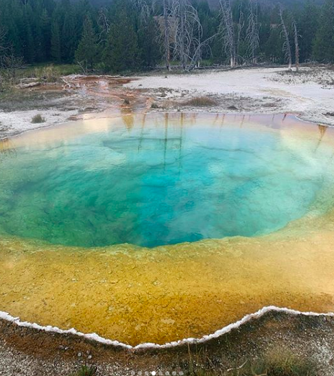 Did you know the blue color in these geothermal pools are the hottest temp?