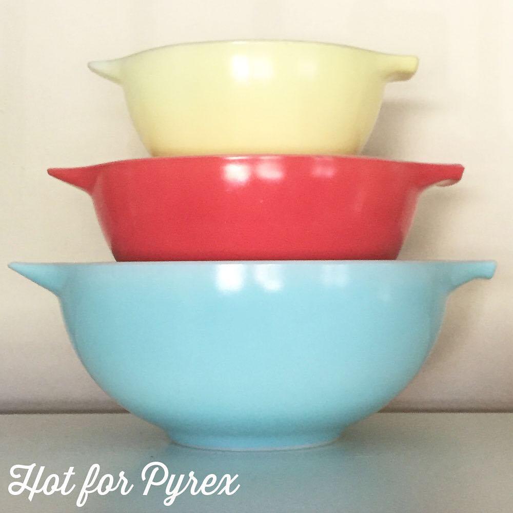Day 71 of 100 - JAJ Carnival Cinderella mixing bowl set.  This photo doesn't do this set justice.  I love the robin's egg blue color of the largest bowl.                #pyrex100 #pyrexaddict #hotforpyrex #pyrexporn #rarepyrex #pyrexproblems #pyrexlove #love #pyrexpassion #htfpyrex #100hfp