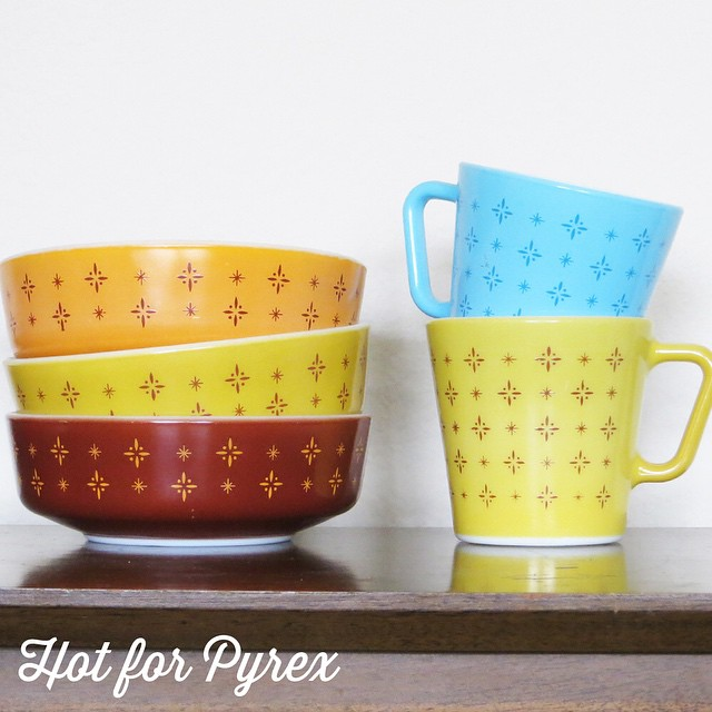 Day 13 of 100 - Ah, lucky number 13!  One of my favorite tableware patterns is the foulard pattern.  Offered as part of a beverage set, this pattern comes in a variety of colors including yellow, orange, blue, brown, red and black. #cmog #100hfp #htfpyrex #vintagepyrex #pyrexaddict #cmog #rarepyrex #hotforpyrex #love
