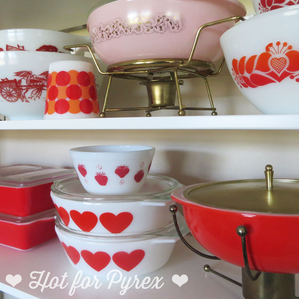 Things have been pretty hectic here lately, but I didn't want to miss out on a chance to put some of my favorite red Pyrex pieces together for a Valentine's Day display. I have never been a big fan of Valentine's Day, but this year I realized that it doesn't have to be about chocolate and romance. This year, Valentine's Day will be about my love for my family, friends, pugs, and (of course) Pyrex. Hope everyone has an awesome weekend!