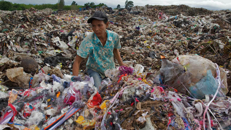 A dump in Mae Sot, north-west Thailand where locals sift through rubbish looking for plastics they can recycle.  Photo:Brendan Esposito