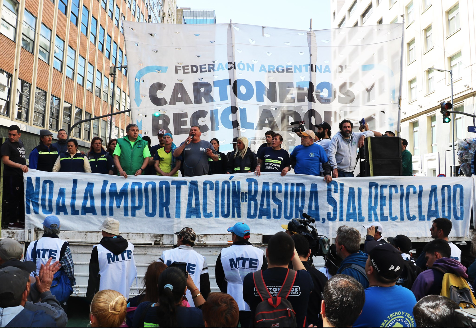Protest by the Argentine Federation of Cartoneros, Carreros y Recyladores (FACCyR) against new Decree that changes the definition of waste to allow more imports of wastes into Argentina. Decree is illegal under Basel Convention to which Argentina is a party. September 2019. Copyright FACCyR.