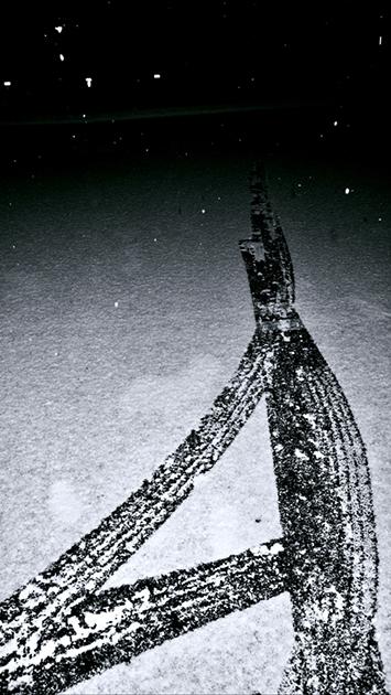 6.gallery bw snow.jpg