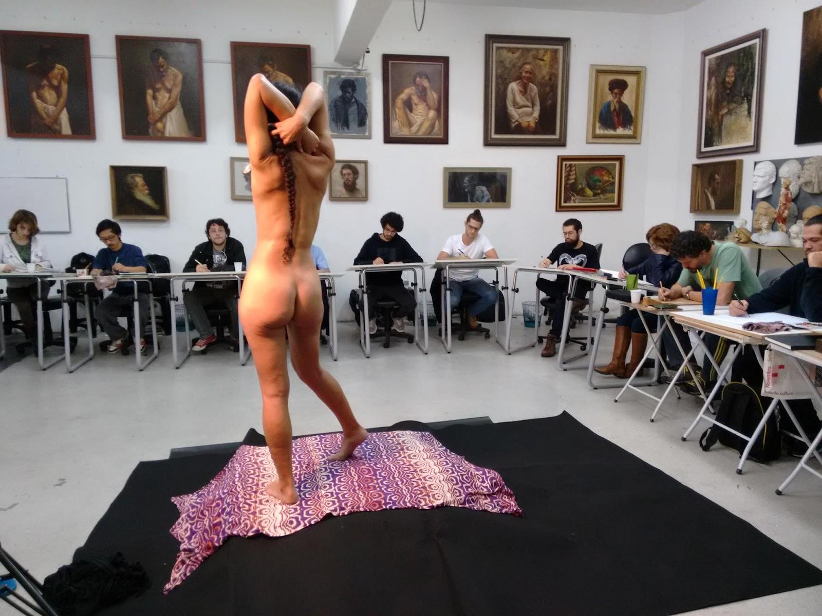 Modelo vivo no Ateliê Maurício Takiguthi