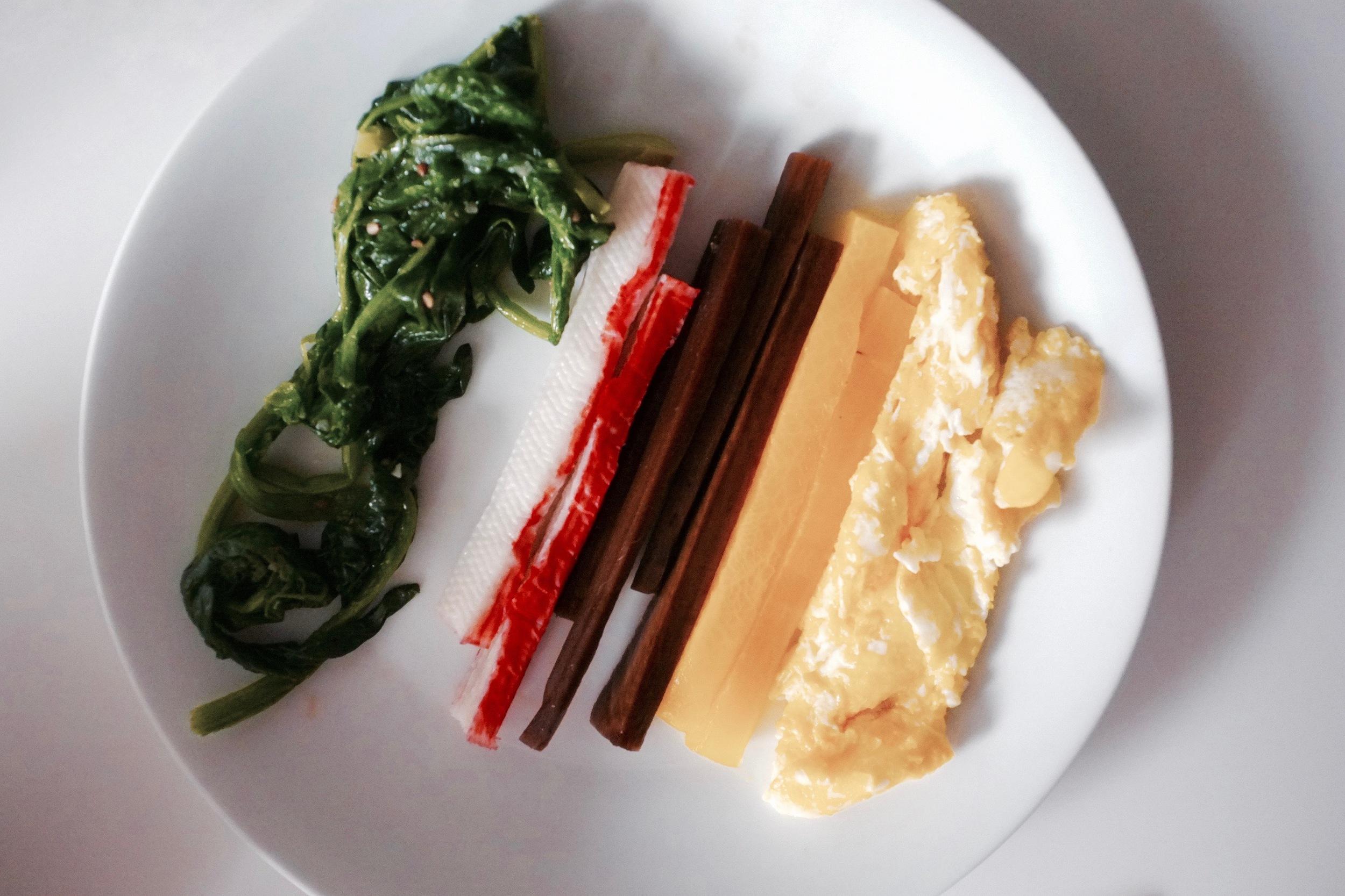 Kimbap (Korean Lunch Rolls) - Hill Reeves