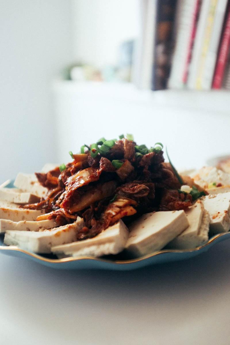 Stir-Fried Pork Belly and Kimchi (Jaeyook Bokkeum - 제육 볶음)