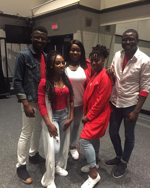 To the very best BG team..love you all so very much..You are such a blessing @curly.girl.777 @jon.boddie @kyledboddie @__sandybaby @_k4dayz @sammy1_kp  #music #musically #concert #concerts #concertlighting #theatre #theatreworks #singer #singers🎤 #musicianlife #influencermarketinghub #music #concert #musician #singer #theatre #christlike #christianity #indieartist #christianradio #liverecording #rccgcanada #rccg #gospel #worshiper #thesix #toronto #markhamtheatre