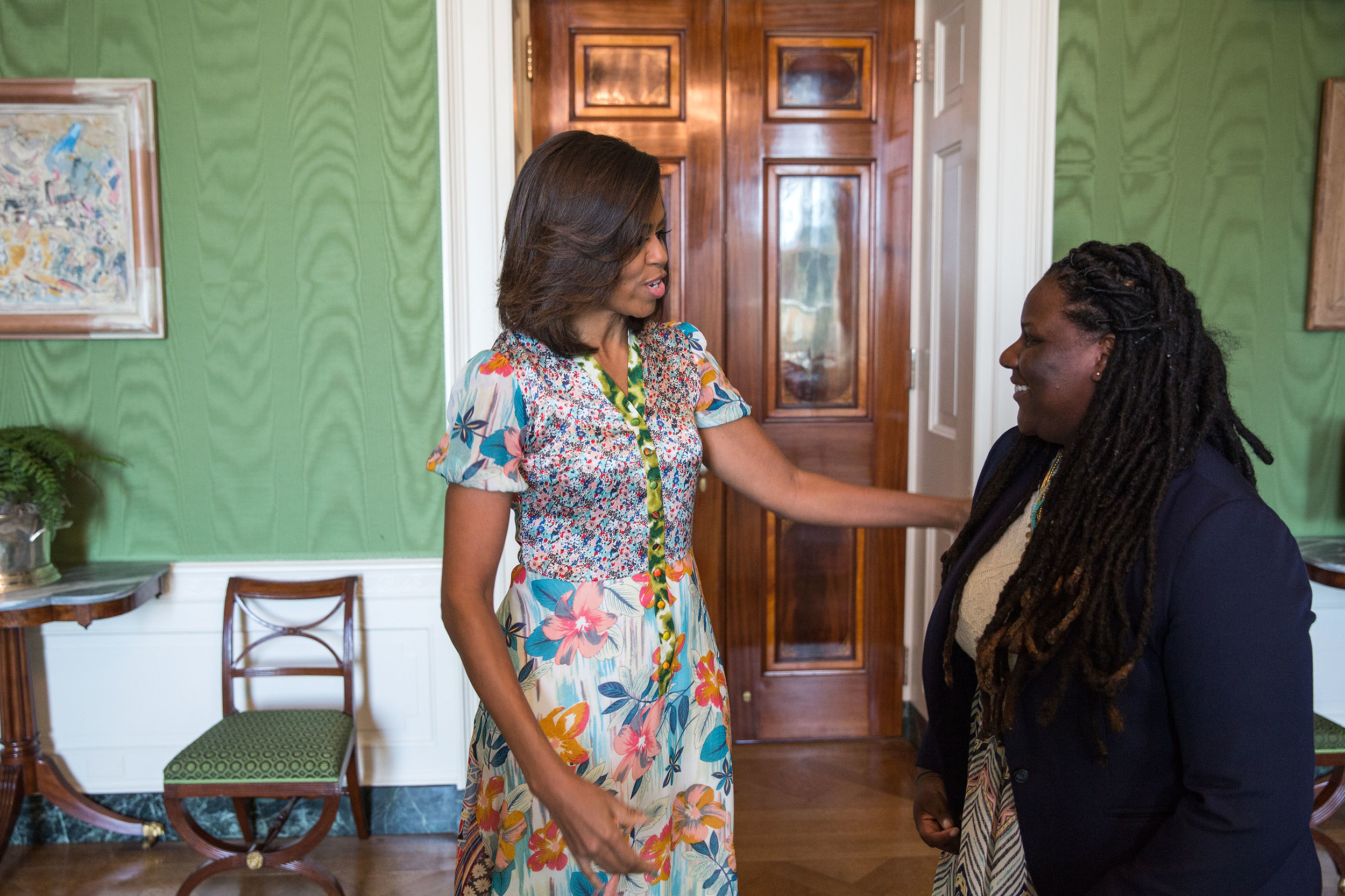 Amnoni Talking with First Lady Michelle Obama
