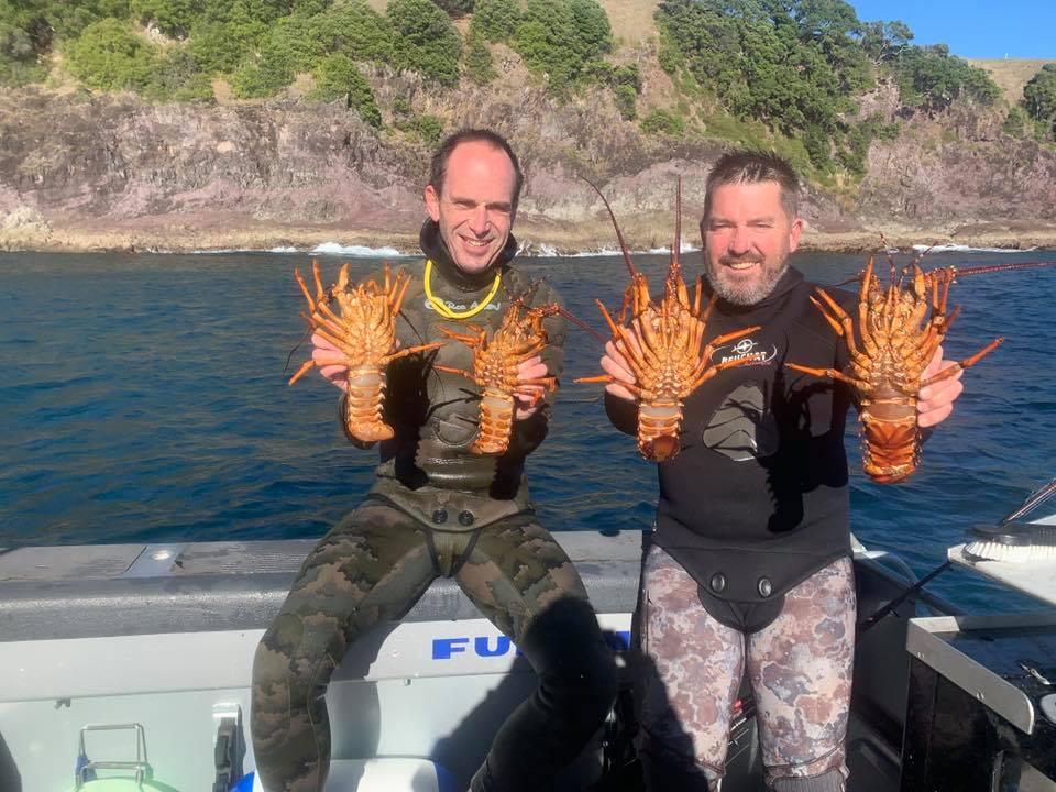 crayfishdiveslipper.jpg