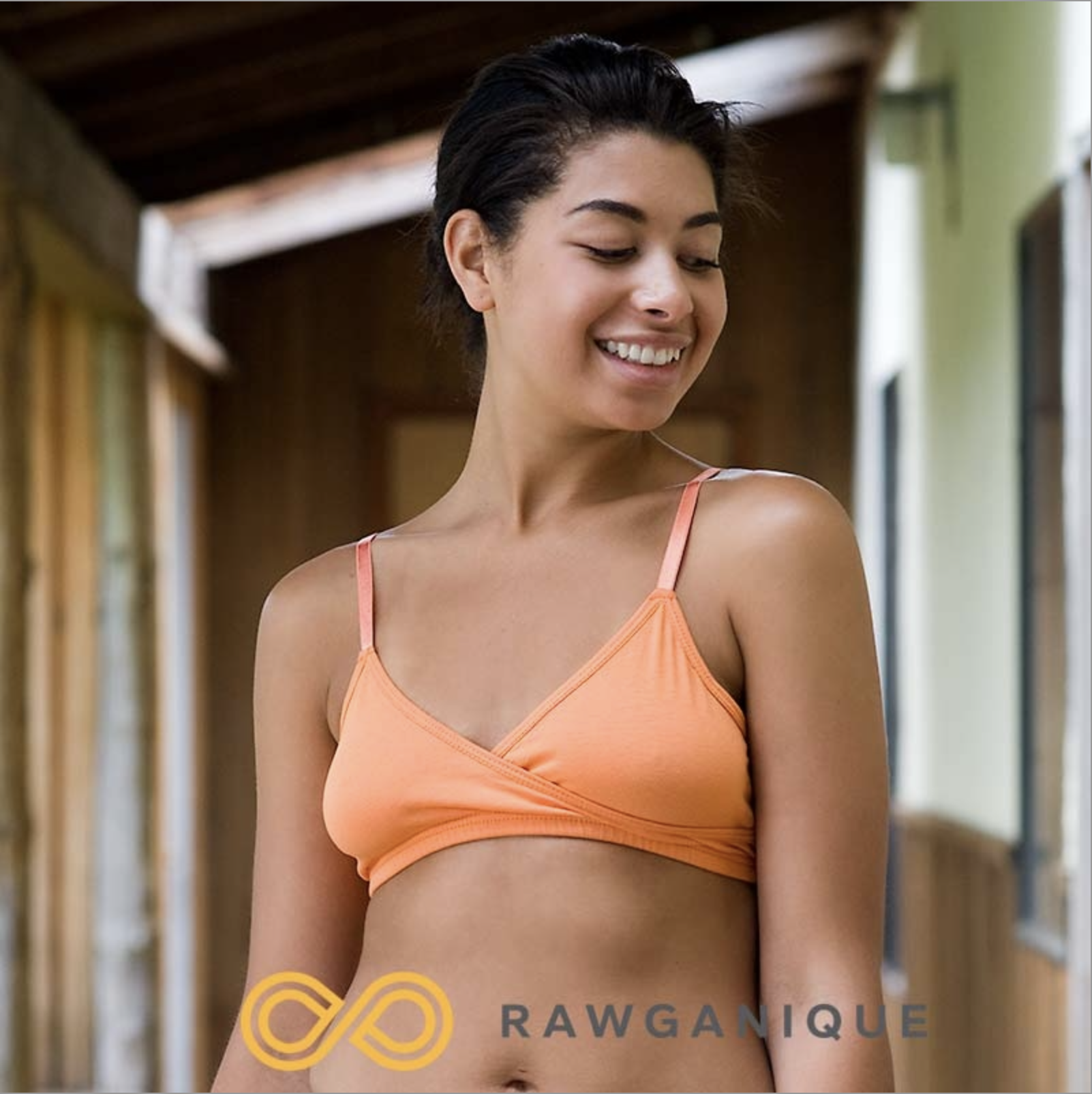 Organic cotton contour bra with adjustable straps