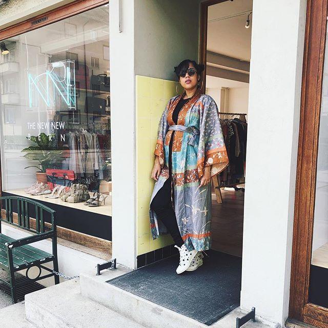 Sabado de Kimono 👘 #vintage #curatedsecondhand #thenewnewbern #kimonocollector