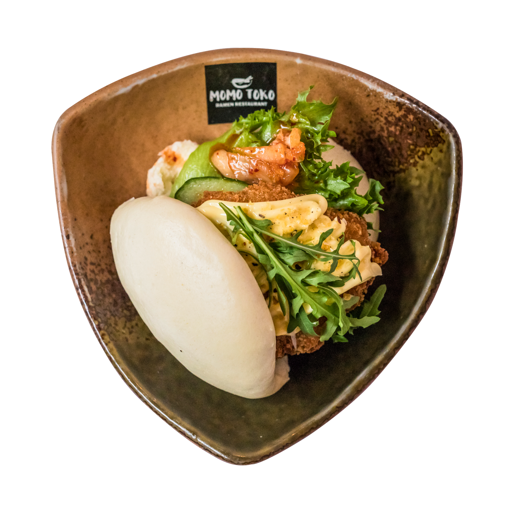 Fried Chicken Bao -6,50€ - Höyrytetty Bao, Paneroitu Kana Filee, Kimchi, Salaattia, Kurkkua, Rucolaa, Kevätsipulia & Sitruuna-Valkosipuli Mayo(G, M)