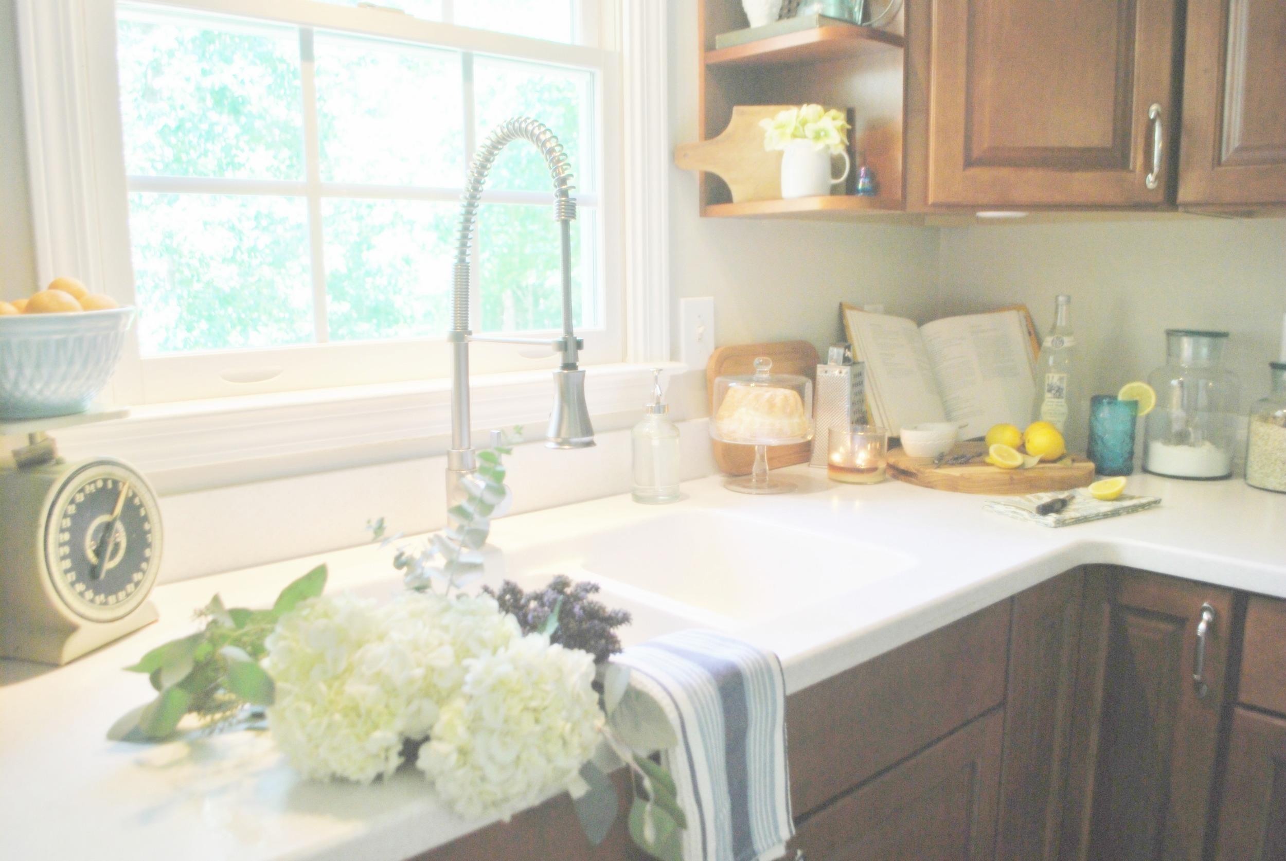 KitchenDesign_Flowers.jpeg