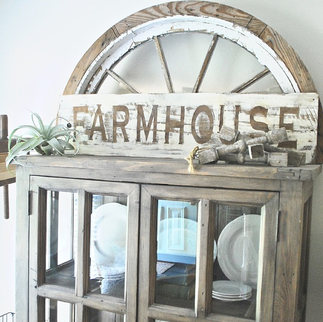 FarmhouseSign_PlumPrettyDecorandDesign_WoodenSign
