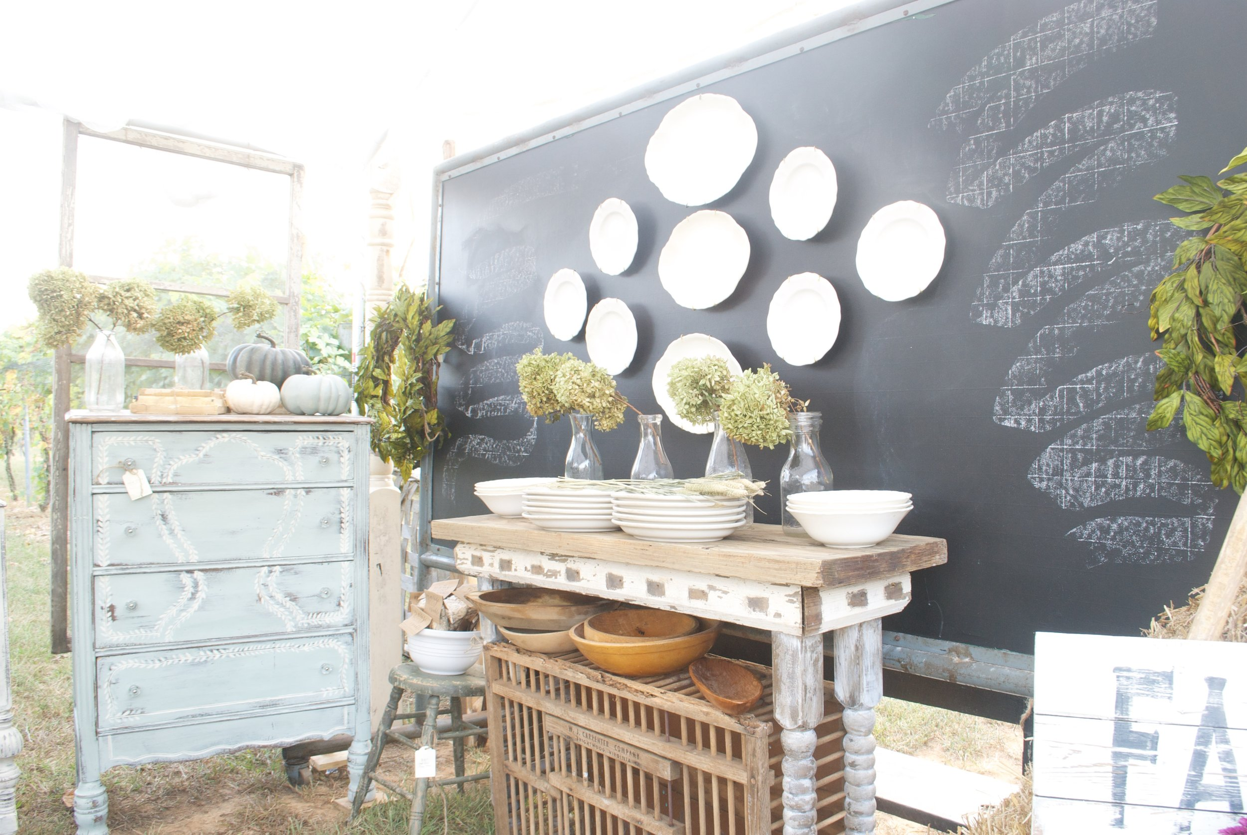 The Gray Door Market Pop Up 2016- Plum Pretty Decor and Design Booth Setup- Plate Wall