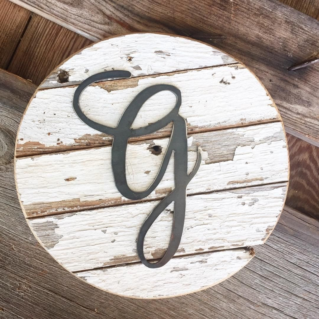 Win this Chippy Monogram Round. The Ultimate Chippy Giveaway