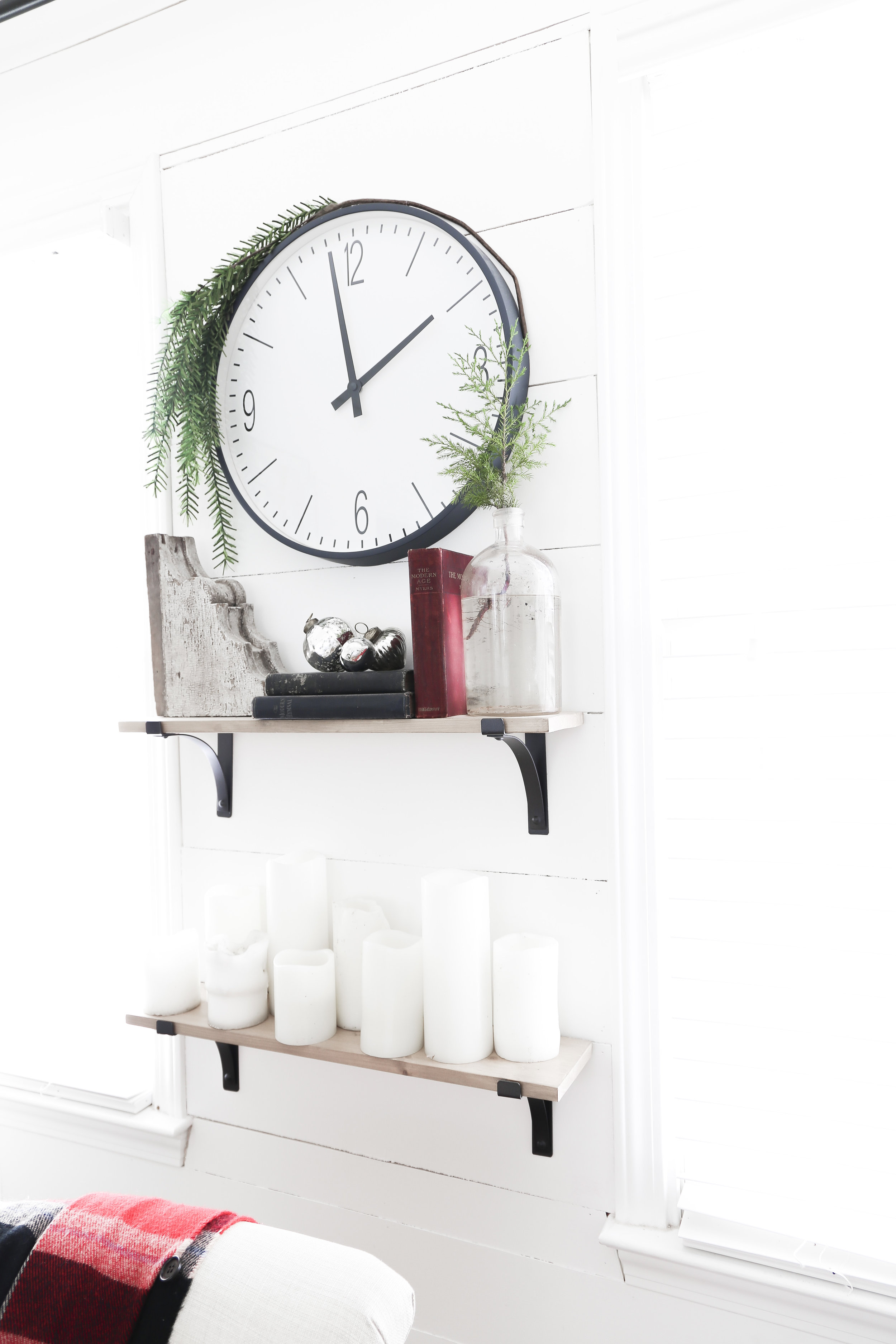 Christmas Home Tour- Holiday Office Decor- by Plum Pretty Decor and Design