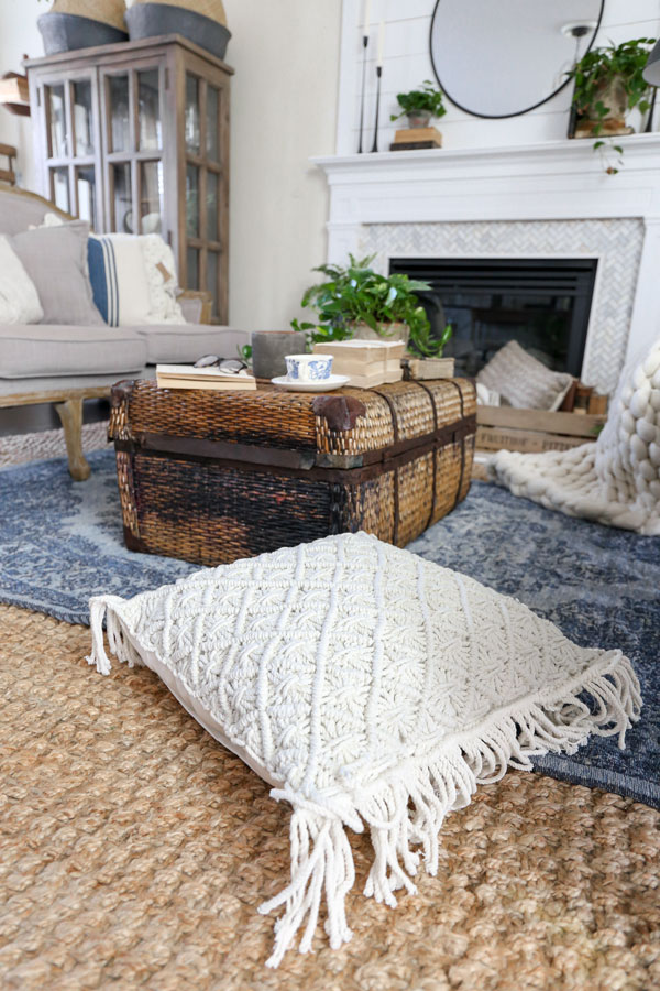 Textured Pillows in a Modern Farmhouse Living Room- Spring refresh with HomeGoods by Plum Pretty Decor & Design Co.