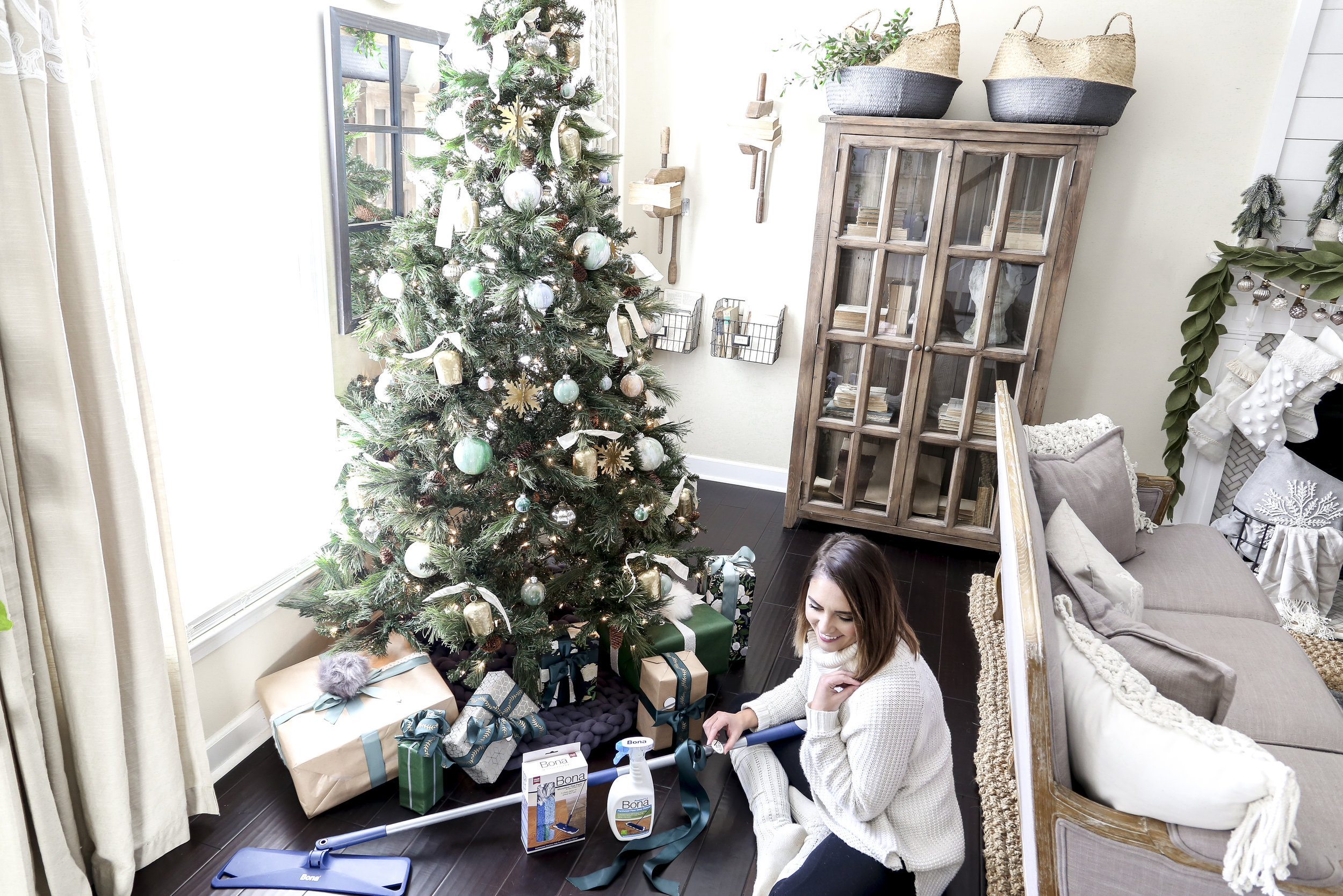 Tips for making your home ready for guest: Let your holidays sparkle with beautiful, wow worthy hardwood floors. Focus on spending less time cleaning and more time with family by using Bona's most powerful cleaning system yet!