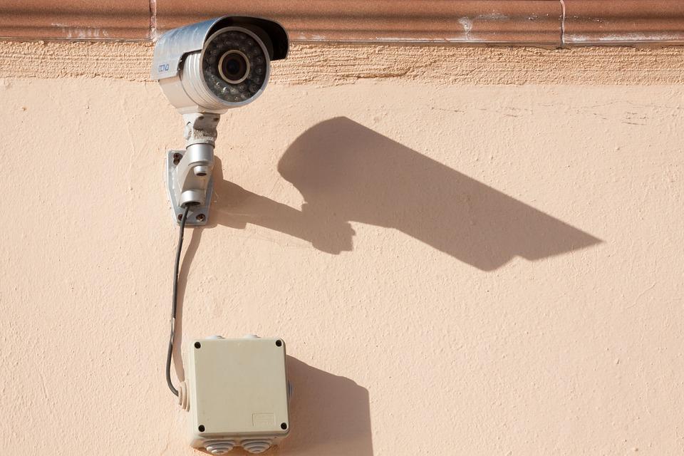 surveillance-camera-573532_960_720.jpg