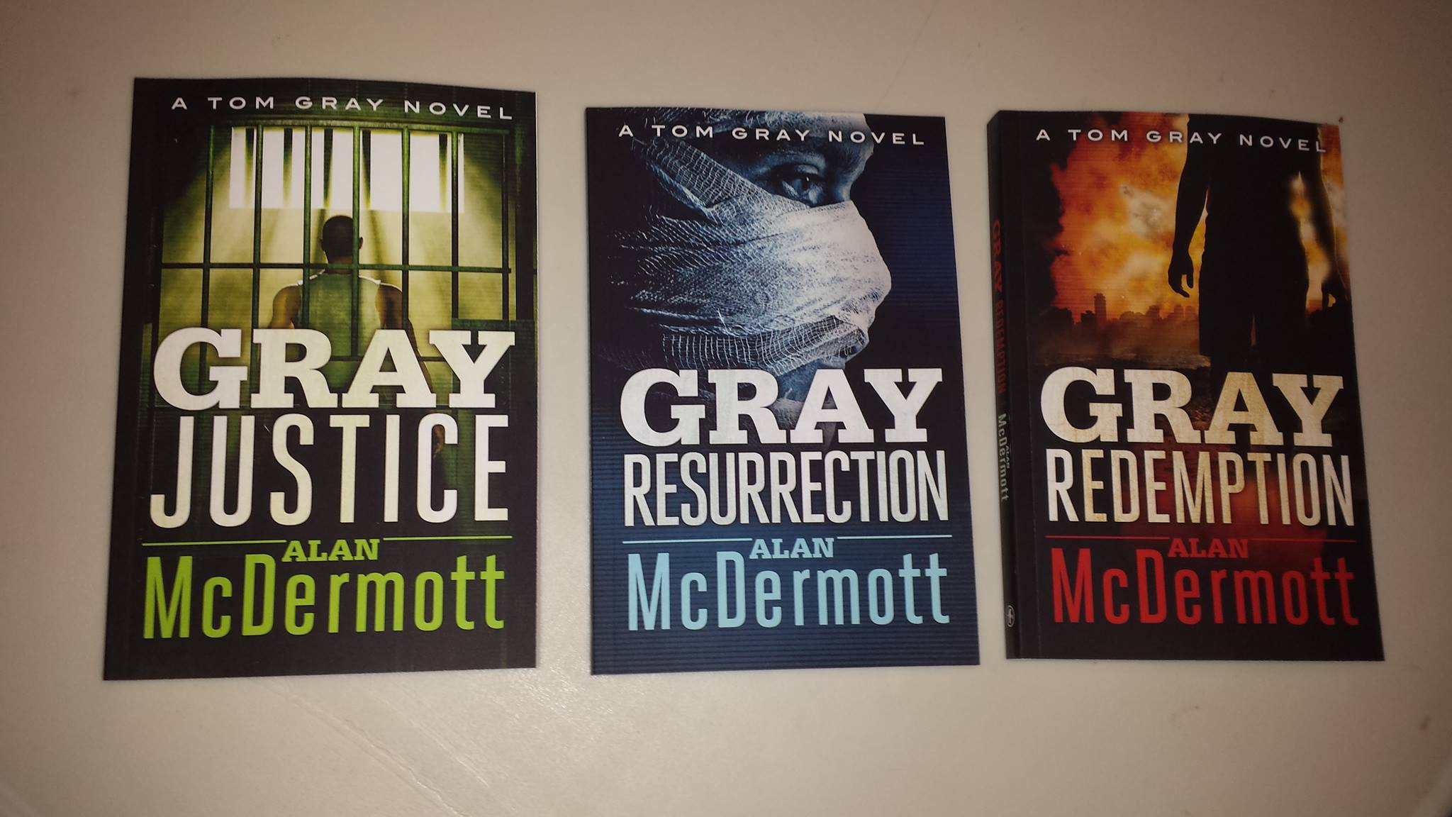 Alan McDermott books image.jpg