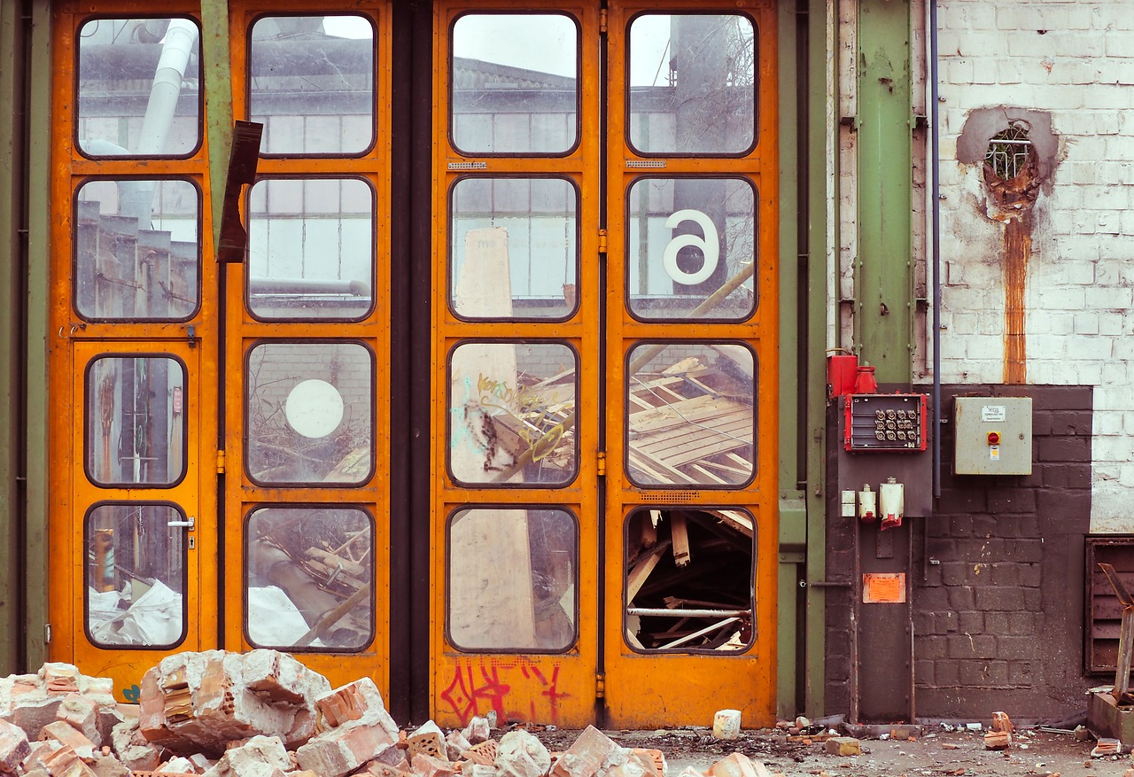 demolition-1930671_1280.jpg