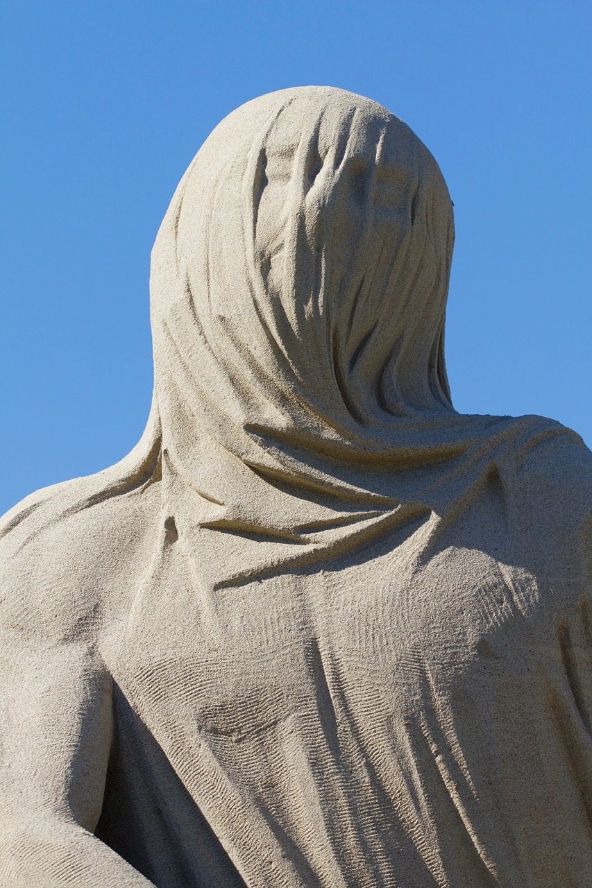 cloth-1618371_1280 shroud.jpg